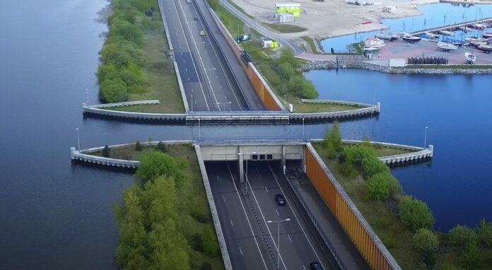 Veluwemeer Aqueduct Water Bridge