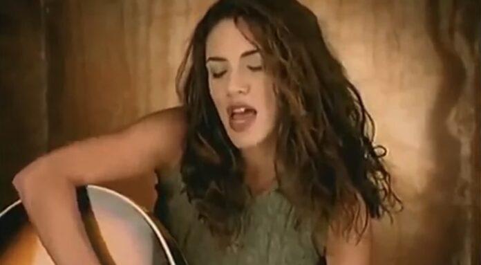Afdøde sangerinder
