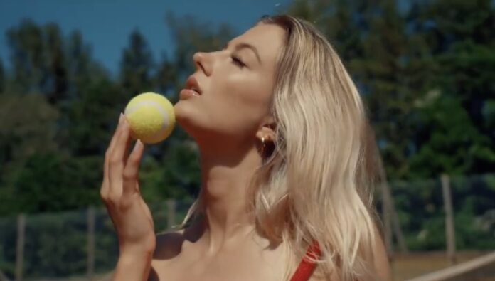 Nicoline Sophie tennisvideo